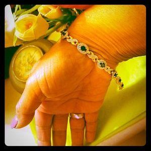 Sapphires and real diamond stones☺